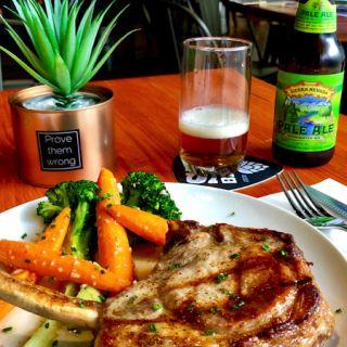 A photo of Jamon Jamon | Wine Bar & Restaurant restaurant