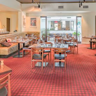 Foto von Lamaro's Hotel Restaurant