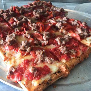 Beniamino's Cucina & Pizzaの写真