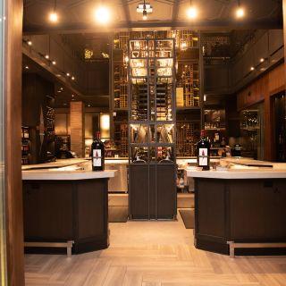 A photo of Cooper's Hawk Winery & Restaurant - Esquire Chicago restaurant