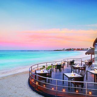 Una foto del restaurante Sea & Stones at The Westin Resort & Spa Cancun