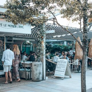 A photo of Cafe Le Monde restaurant