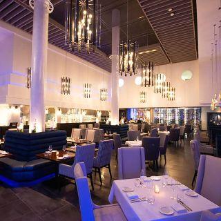 Petros82 Restaurant