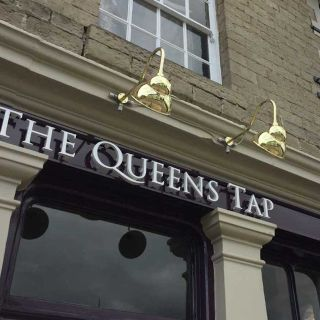 A photo of Queens Tap restaurant