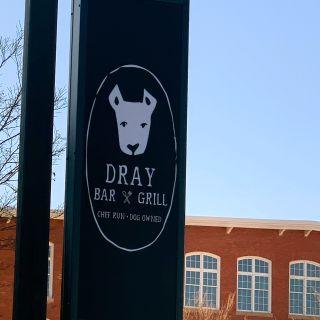 Dray Bar & Grillの写真