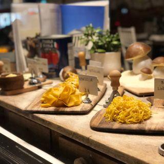 A photo of Caffe Di Mauro restaurant