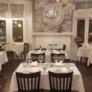 A photo of La Provence restaurant