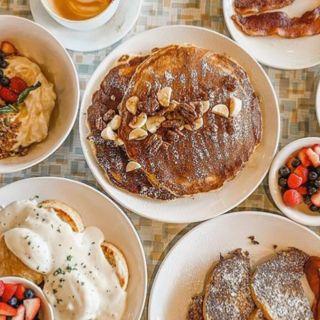 A photo of Aurora restaurant