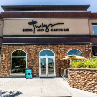 A photo of Twigs Bistro and Martini Bar - Kennewick restaurant