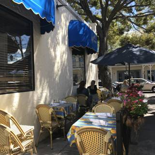 A photo of Nonni's Bistro restaurant