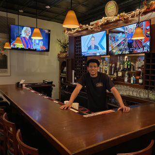 A photo of Town Tavern restaurant