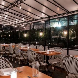 A photo of The Mermaid Inn East Village restaurant