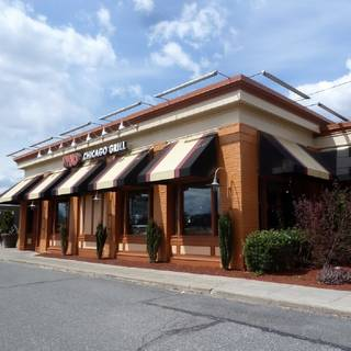 A photo of Uno Pizzeria & Grill - Springfield - Boston Road restaurant