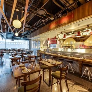Foto von La Pizza & La Pasta - Eataly Toronto Restaurant