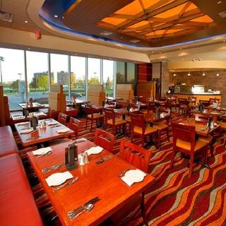 A photo of Willows at Woodbine Racetrack restaurant
