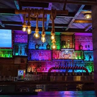 G Spot Exhibiting Barの写真