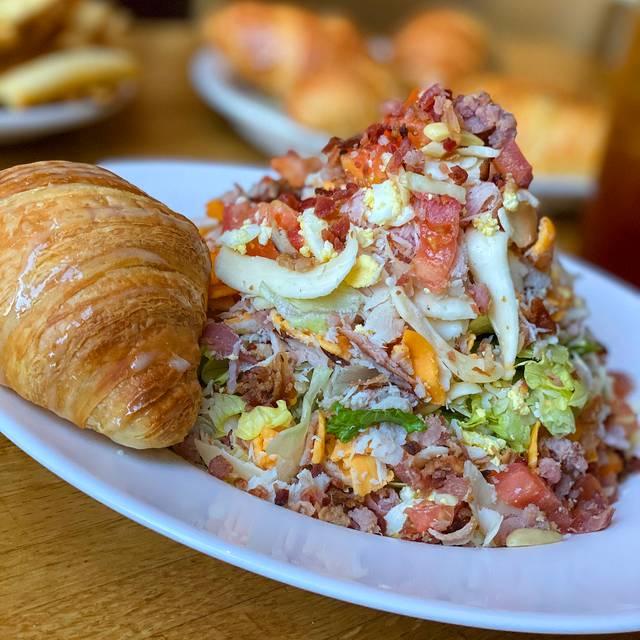 Chicora Alley Greenville Menu Prices Restaurant Reviews Tripadvisor