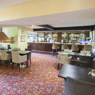 Highwayman's Bar and Lounge @ The Holt Hotel