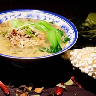 A photo of Meet Noodles restaurant