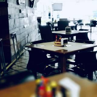 Una foto del restaurante Cabomar Restaurant Bar