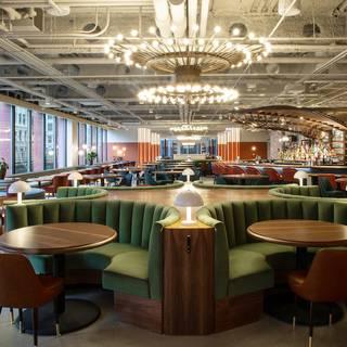 Foto von Ada St. - Hayden Hall Restaurant
