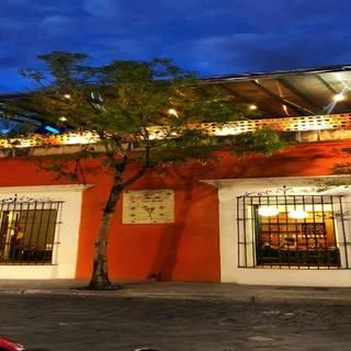 A photo of Los Pacos restaurant