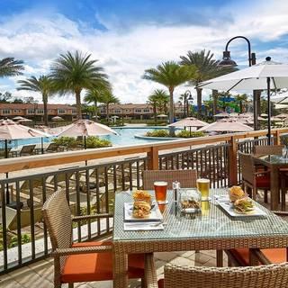 A photo of Regal Oaks Bar & Grill restaurant