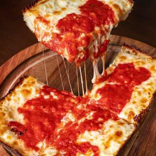 Buddy's Pizza - Dearbornの写真