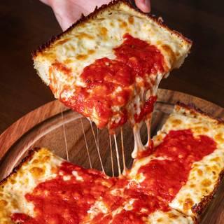 Buddy's Pizza - Ann Arborの写真