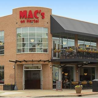 A photo of Mac's on Hertel restaurant