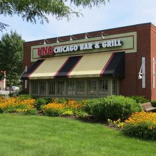 A photo of Uno Pizzeria & Grill - S. Burlington restaurant