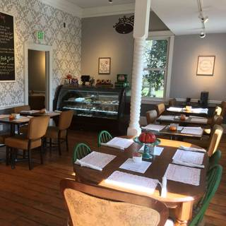 A photo of Alberto's restaurant