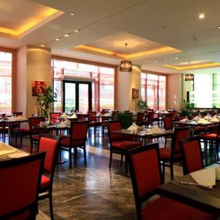 A photo of Al Dana Restaurant - Holiday Inn Riyadh - Olaya restaurant