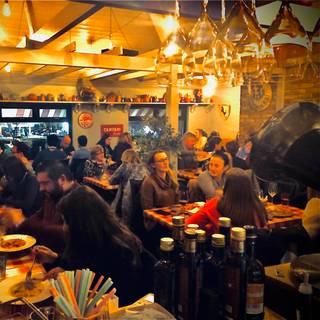 A photo of Casanovas Wood Fired Pizza restaurant
