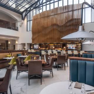 Foto von Versailles - Chateau Elan Restaurant