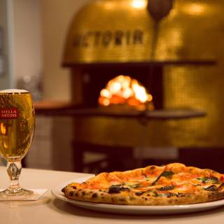 A photo of 900 Degrees Woodfired Pizzeria restaurant