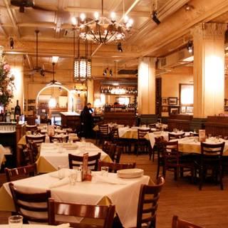 Raum New York Restaurants