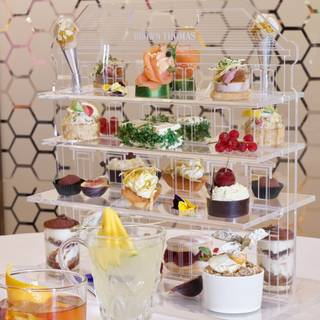 Afternoon Tea at Brown Thomas by Johnnie Cookeの写真