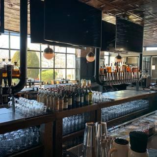 LongCross Bar and Kitchenの写真