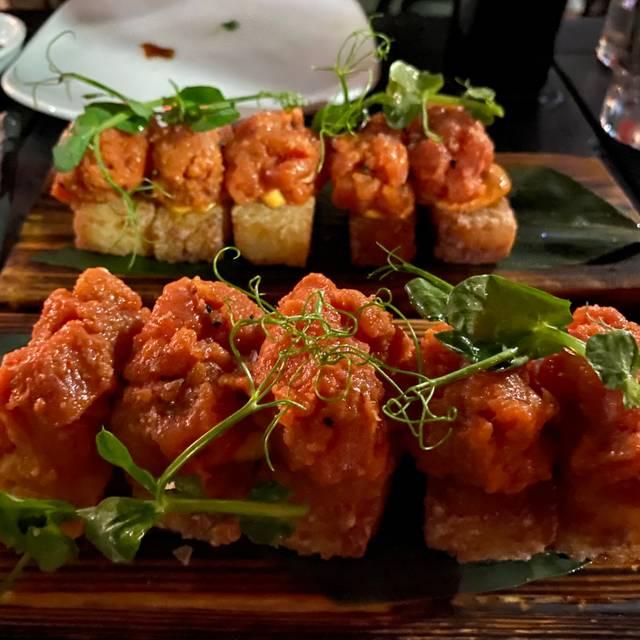 Pubbelly Sushi Miami Beach Restaurant