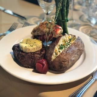 T-Prime Steak and Seafood Restaurantの写真