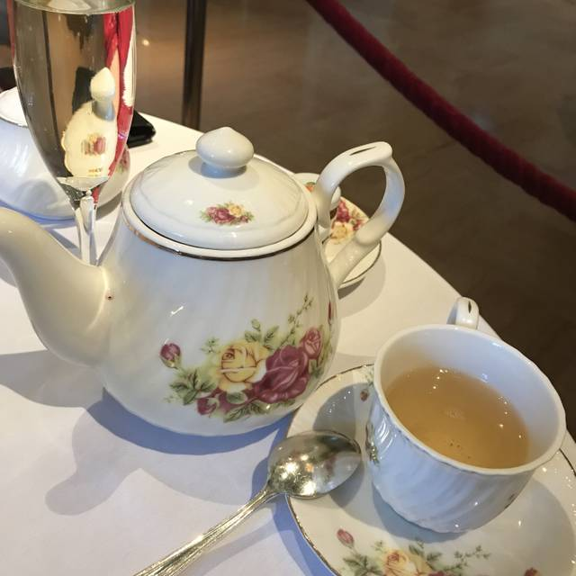 Rendezvous Court Traditional Afternoon Tea At The Biltmore Restaurant Los Angeles Ca Opentable