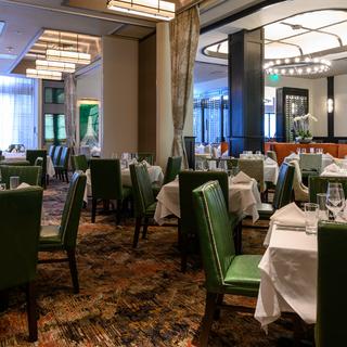 A photo of Ruth's Chris Steak House - Somerville restaurant