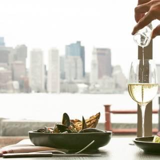 A photo of Harborside Grill at Hyatt Boston Harbor restaurant