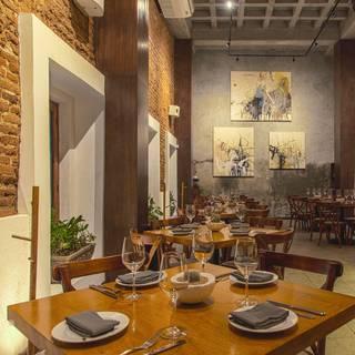 Una foto del restaurante La Revolución Comedor