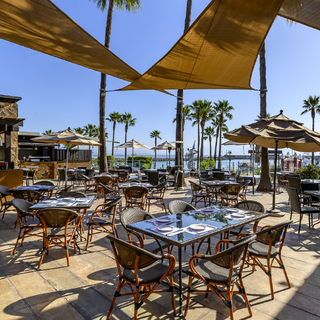 A photo of Bistro & Cava de Hotel Coral & Marina restaurant