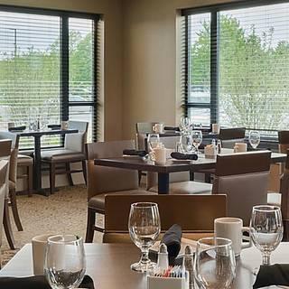 Foto von OutLook Bar and Grill Restaurant