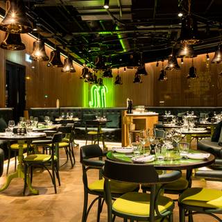 Una foto del restaurante The Bell & Whistle at nhow London