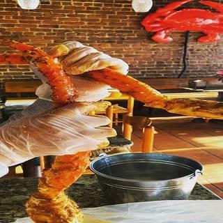 A photo of Happy Crab restaurant