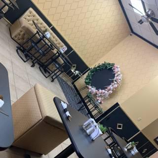 Foto von VIP Lounge and Grill Restaurant